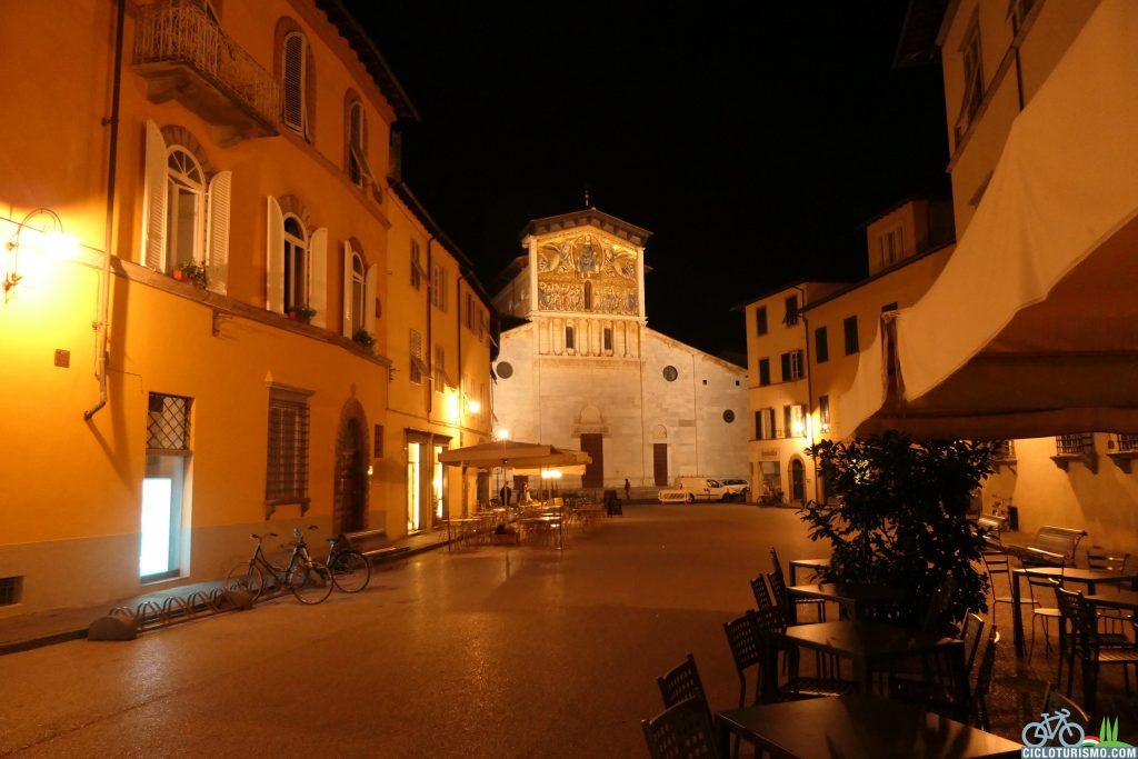 Luna piena a Lucca Toscana